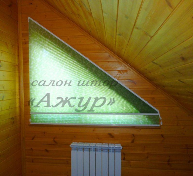 Шторы плиссе на треугольное окно