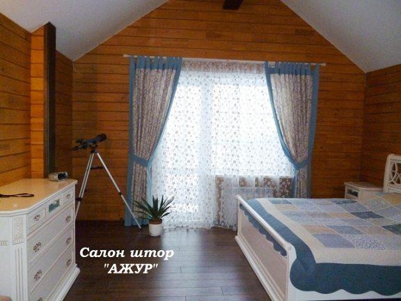 Шторы в спальню на треугольное окно